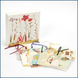 Geschenk-Schachtel mit 10 Anhängern